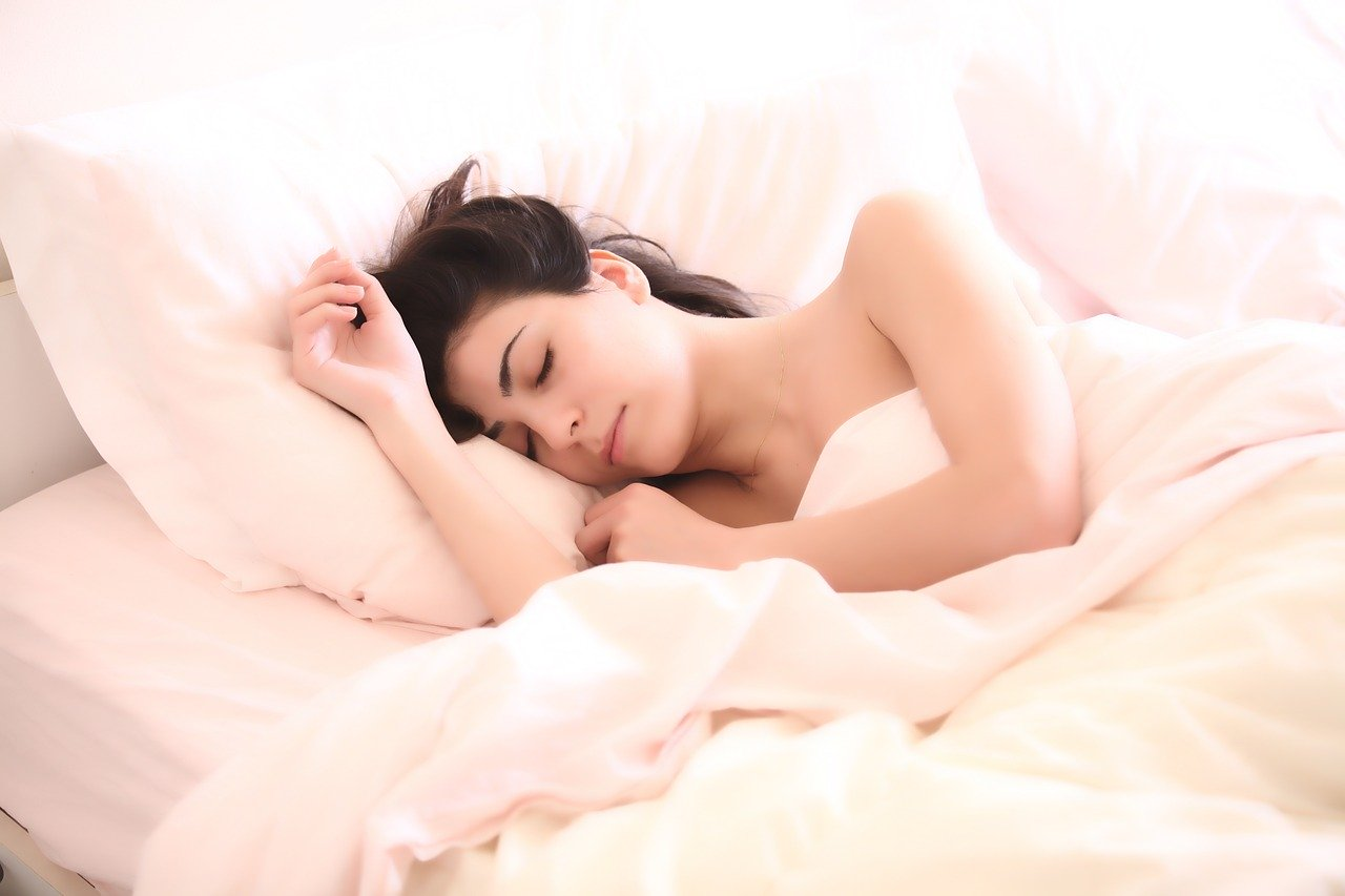 When is the best sleep time for the body?